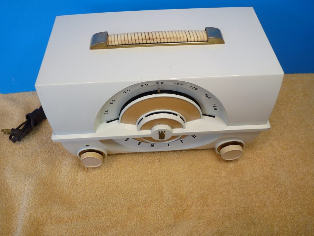 Zenith J-615W top view