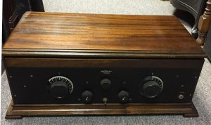 Crosley Trirdyne Battery Radio