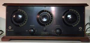 Freshman Masterpiece Battery Radio