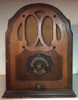 Lark Small Cathedral Radio