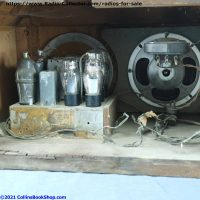 Coronado-650-battery-table-radio-chassis