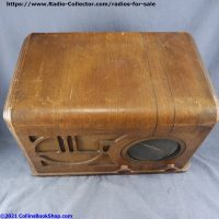 Coronado-650-battery-table-radio-top