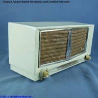 arvin-956-T-Twin-speaker-table-radio-left