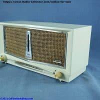 arvin-956-T-Twin-speaker-table-radio-right